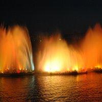 Плавучий фонтан :: Маргарита Кретова