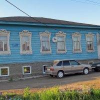 Дом купца Сафронова.г.Оса. :: Владимир Нефедов