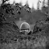 На огневой точке :: Владимир Клещёв