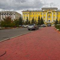 Цветной город в пасмурную погоду** :: Павел Федоров