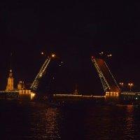 Разводные мосты... :: Елена Сычева