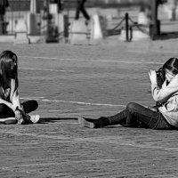 ..коллеги на Красной площади...:))) ...из серии ...Гуляя по Москве.... :: Ира Егорова :)))