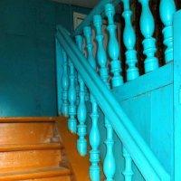 Старая лестница. :: Михаил Попов
