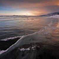 Зимой на Байкале II :: Владимир Сковородников