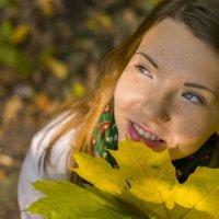 Красивый осенний портрет) :: Дмитрий Ярошок