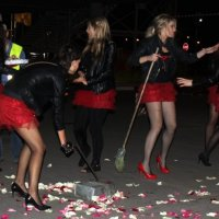 Уборка улиц :: Таня Фиалка