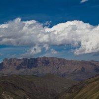 Облако над горой :: Алексей Елесов