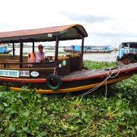 г.Сайгон. Лодка на реке Миконг :: Сергей Карцев