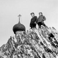 На развалинах :: Валерий Талашов