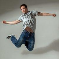прыжок.. :: Надежда Шемякина