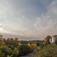 Осень в городе :: Евгений Мельников
