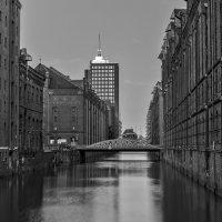 Склады старого порта :: Сергей Бордюков