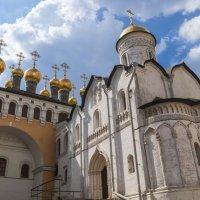 Храмы Московского Кремля :: Сергей Sahoganin