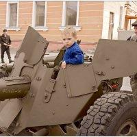 Юность артиллериста :: Кай-8 (Ярослав) Забелин