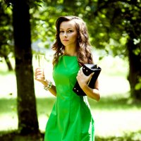 Девушка в зеленом :: Николай Бакс