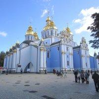 Михайловский Златоверхий монастырь :: Zinaida Belaniuk
