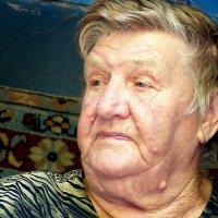 Бабушка Зина. :: Игорь