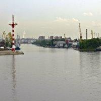 Вход в Морской канал :: Александр Рябчиков