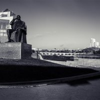 один день из жизни  города :: Андрей Пашков