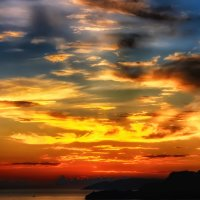 Закат окрасил небо :: Максим Дорофеев