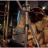 Космический монтажник-высотник :: Кай-8 (Ярослав) Забелин