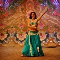 танец соло :: Дина Микрюкова