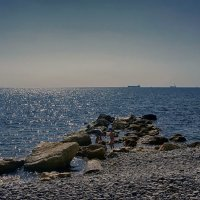 Дети и море... :: марк