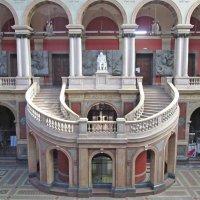 Большой выставочный зал Академии. :: Ирина