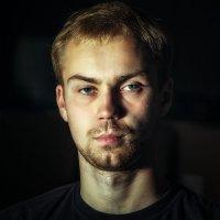 Портрет молодого человека :: алексей афанасьев