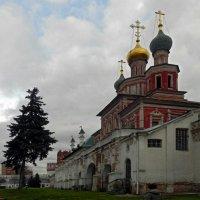 Покровская церковь и Мариинские палаты. :: Oleg4618 Шутченко