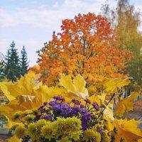 Осень на подоконнике :: Ирина Приходько