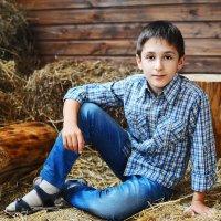 Детская фотосессия в деревне :: Oksanka Kraft