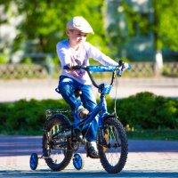 Велосипедист :: Daria Bozakina