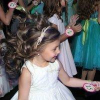 В танце. :: Larisa