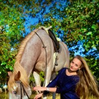 Прогулка с лошадью :: Оксана Артюхова