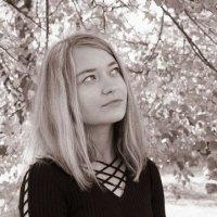 """girl-autumn"" :: Alyona Mir."