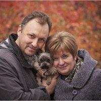 Автопортрет с супругой и маленьким другом :: Борис Борисенко