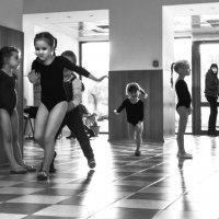 Будущие гимнастки. :: Алексей Окунеев