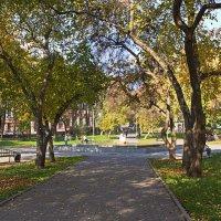 Осенний сквер :: val-isaew2010 Валерий Исаев
