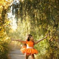 Танец Осени :: Татьяна Курамшина