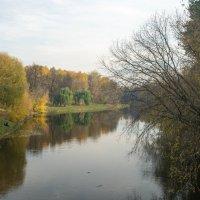 Осень в парке :: Кирилл Антропов