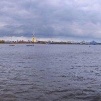 в Питере (панорама из 2 кадров) :: Александр Шурпаков