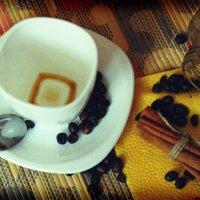 Утренний кофе :: Ирина Трифонова
