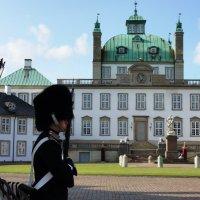 Замок Фреденсборг :: Елена Павлова (Смолова)