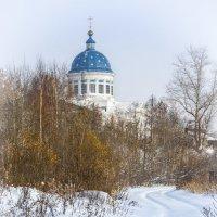 Дорога к храму :: Юрий Глушков