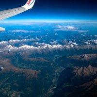 Под крылом самолета -Альпы, высота 10тыс. м. :: Надежда