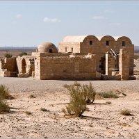 Иордания. Кусейр-Амра. Один из древних дворцов пустыни. :: Lmark