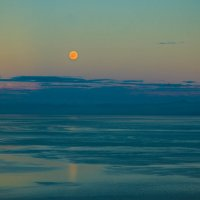 Вечер на Байкале... :: Дмитрий ВЛАСОВ