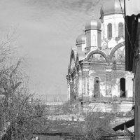старый двор :: Игорь Хамицаев