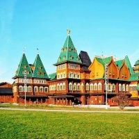 Царский дворец в Коломенском :: Анатолий Цыганок